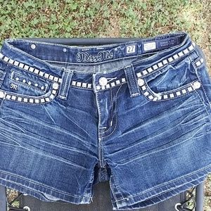 Miss Me Studded Jean Shorts Size 27